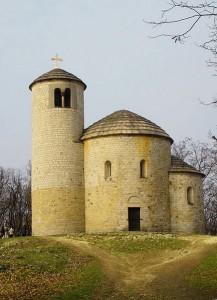 Rotunda sv. Jiří na Řípě.