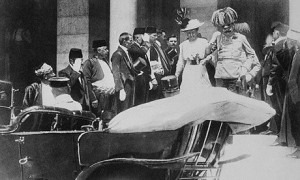 František Ferdinand d'Este s manželkou těsně před atentátem