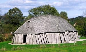 Vikingský dům (rekonstrukce v dánském Fyrkatu)
