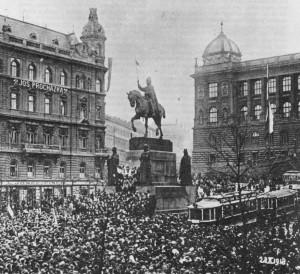 Shromáždění lidu na Václavském náměstí 28. října 1918
