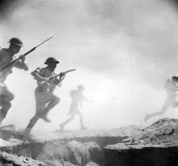 Britské jednotky v bitvě u El-Alamejnu