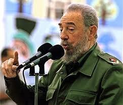 Fidel Castro (*1926) proslul kromě jiného svými několikahodinovými projevy