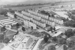 Okupační vojsko SSSR v Československu zůstalo i po roce 1968. Na obrázku je sídliště v Milovicích, které bylo postaveno pro sovětské vojáky skupiny střed.