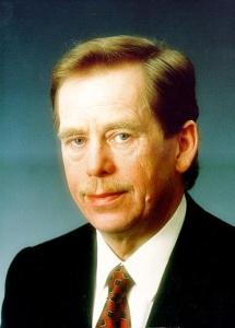 Václav Havel (1936 - 2011) byl poprvé zvolen prezidentem Československa 29.12.1989