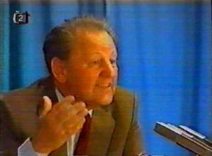 Miloš Jakeš (*1922) je dnes známý především díky svému projevu na Červeném Hrádku, který prosákl na veřejnost