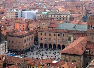 Nejstarší evropská universita v Bologni.