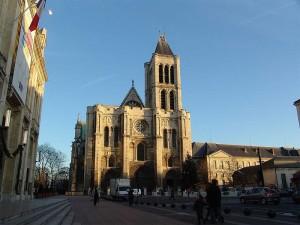 Gotická stavba v St. Denis ve Francii.
