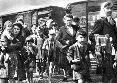 Odsunuté německé obyvatelstvo (foto: Sudetendeutsche Stiftung)