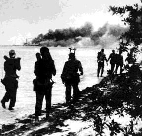 Invaze v zátoce sviní skončila pro američany nevalně. Zajaté vojáky poté castrův režim vyměnil za dětské jídlo a léky v hodnotě 53 milionů dolarů.