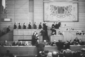Demise nekomunistických ministrů 20. února 1948