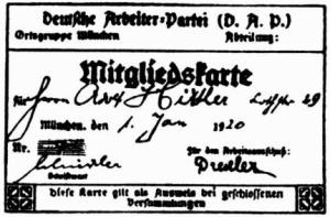 Hitler vstoupil do DAP (Deutschearbeitspartei) jako člen č. 55. Na jeho členském průkazu je podpis prvního předsedy Antona Drexlera.
